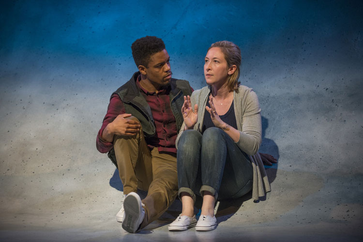 CONSTELLATIONS at Steppenwolf Tells A Universal, Intimate LoveStory