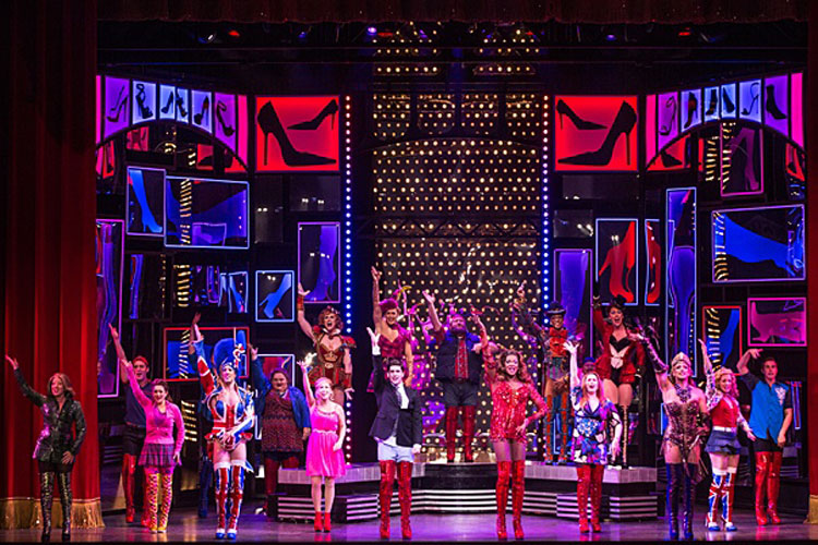 """KINKY BOOTS Will """"Raise You Up"""" With Its Uplifting, EntertainingStory"""