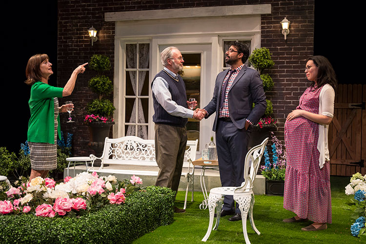 Review: NATIVE GARDENS at Victory GardensTheater