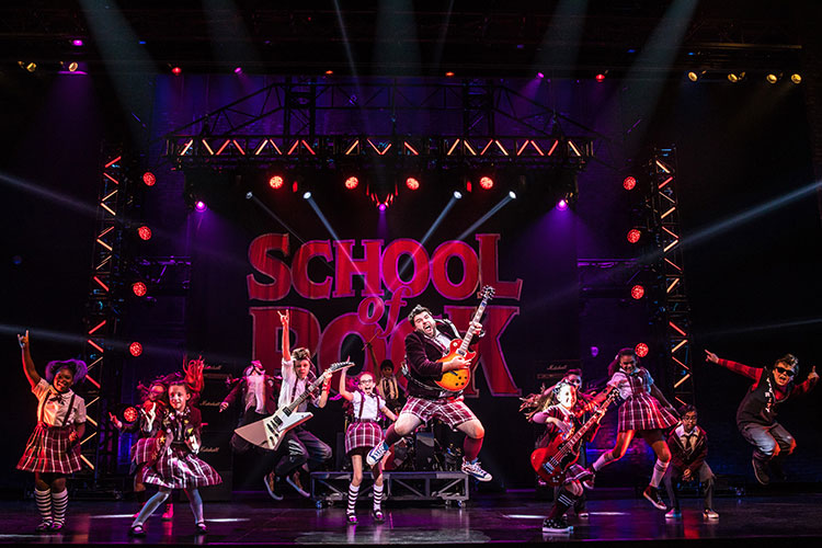 Review: SCHOOL OF ROCK National Tour Presented by Broadway In Chicago