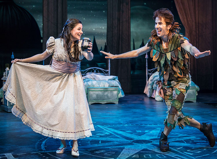 Chicago Shakespeare Theater's PETER PAN Provides High-Flying Fun