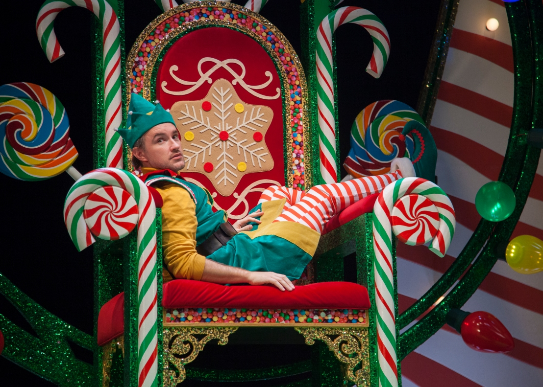 Review: THE SANTALAND DIARIES at Goodman Theatre