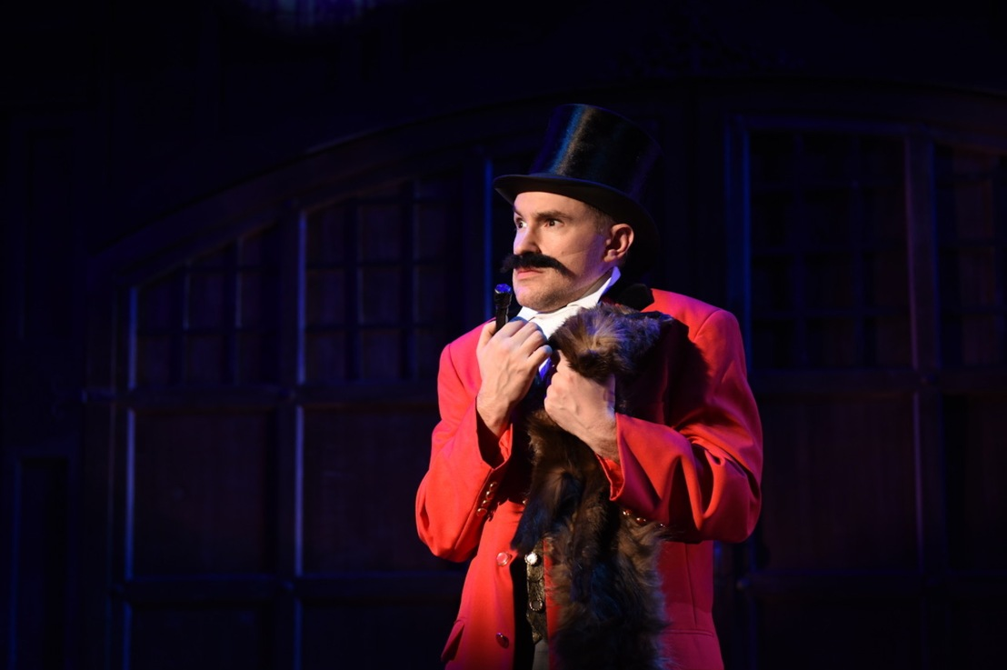 Review: A GENTLEMAN'S GUIDE at Porchlight Music Theatre