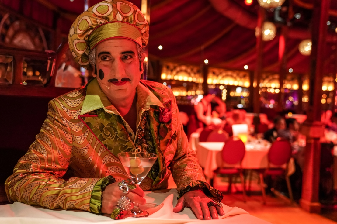 Teatro ZinZanni's LOVE, CHAOS AND DINNER Provides Old-Fashioned Circus and Comedy Entertainment
