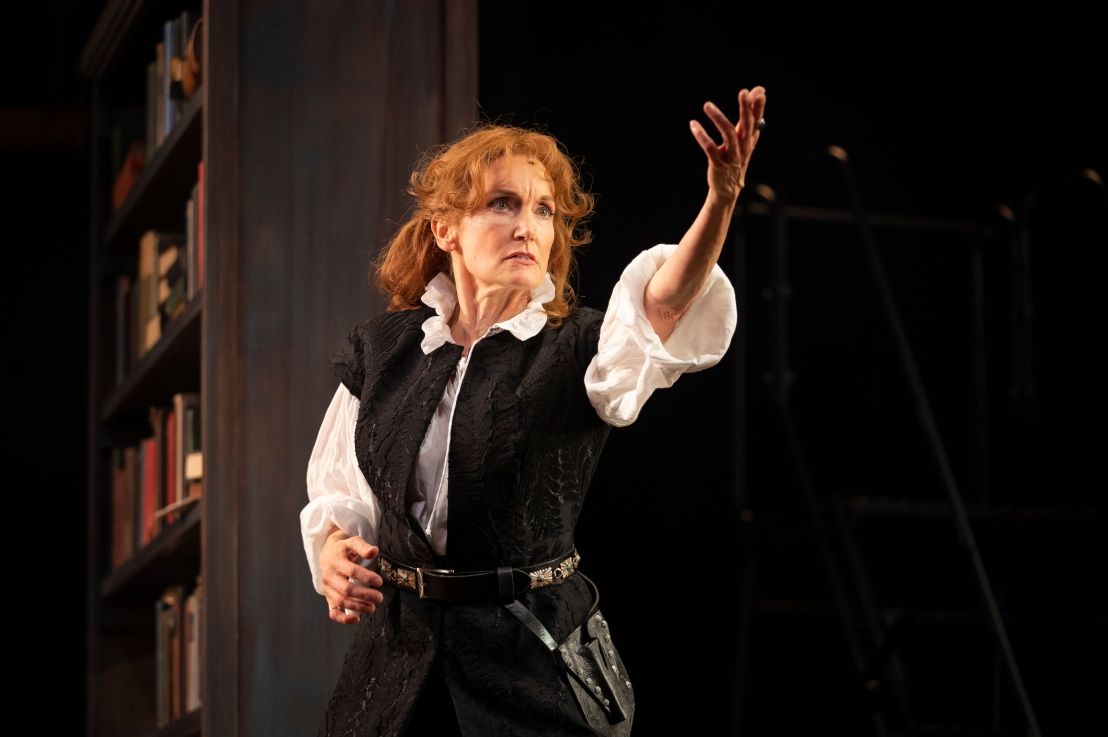 Review: BERNHARDT/HAMLET at Goodman Theatre
