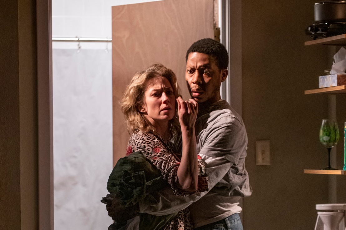 Review: BUG at Steppenwolf Theatre Company