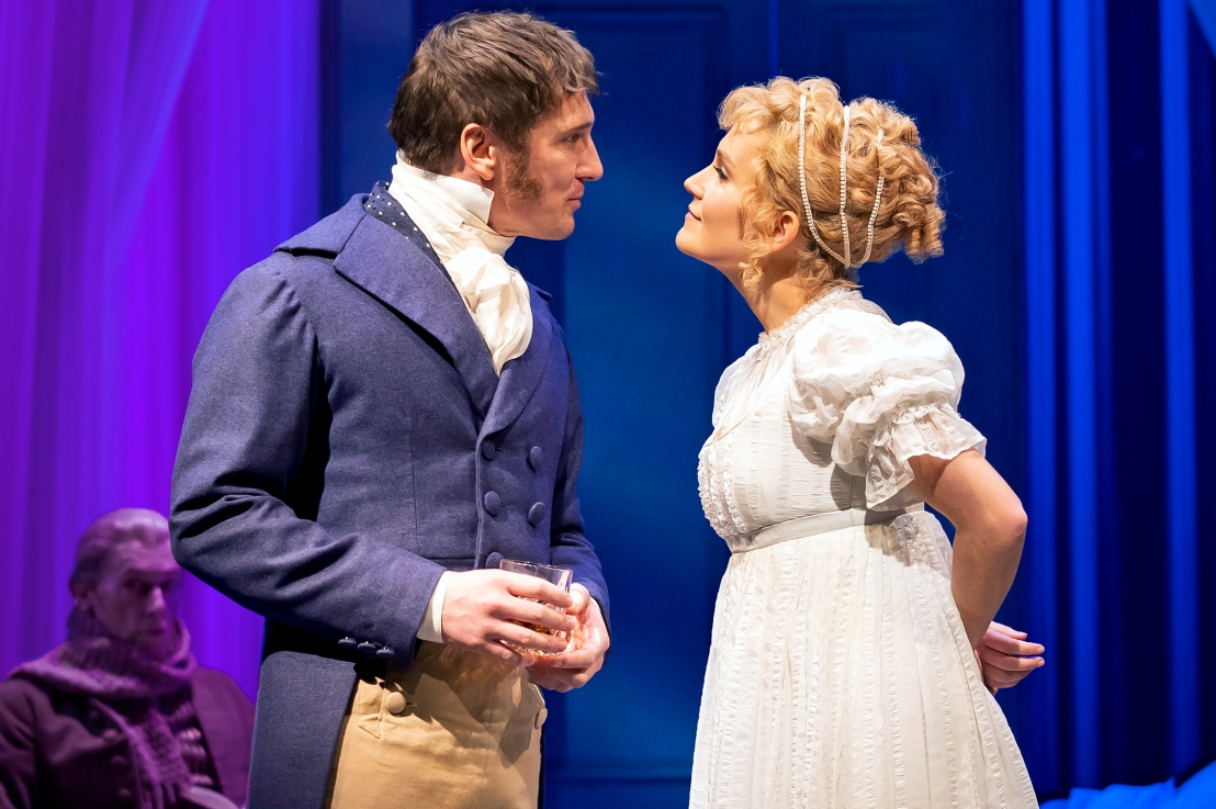 Review: EMMA at Chicago Shakespeare Theater